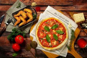 天成文旅 華山町餐酒館 美式經典披薩炸雞