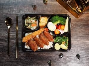 2021 天成飯店集團 星級美味便當 天成文旅華山町 主廚經典雙饗錦便當 南洋雞翅+日式炸蝦